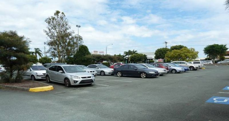 GROUND FLOOR RETAIL/ OFFICE WITH AMPLE ONSITE PARKING