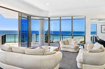 'Oceana on Broadbeach' Sub-Penthouse- Fully Furnished Apartment!!