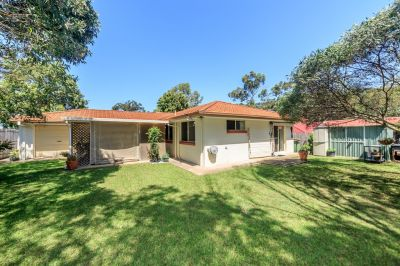 Spacious 4 Bedroom Family Home-Room For A Pool