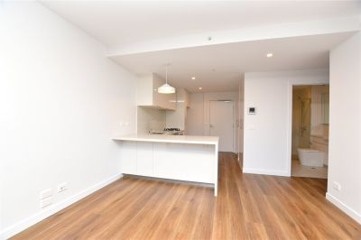 Gorgeous Two Bedroom with Entertainers Terrace and Storage Cage!