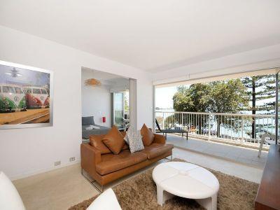 Exquisite `Hillhaven' Apartment