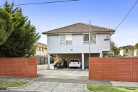 Standout apartment steps to the best of Glen Huntly