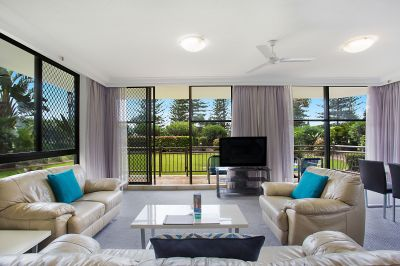 BEAUTIFUL BEACH HAVEN IN THE HEART OF BROADBEACH