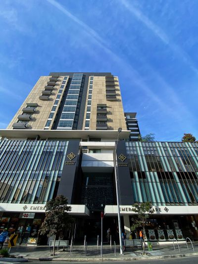 Luxury in the centre of Burwood!