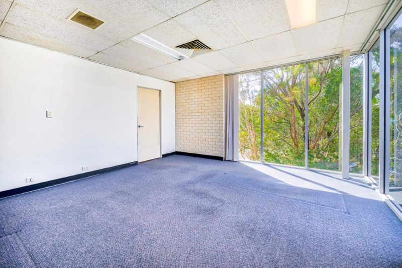 105sqm Affordable Office Suite with Parkland Views