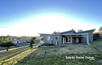 Lovely house on large block in the heart of Omeo