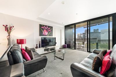 FULLY FURNISHED 2 Bedroom/2 Bathroom Apartment with a large Private Balcony