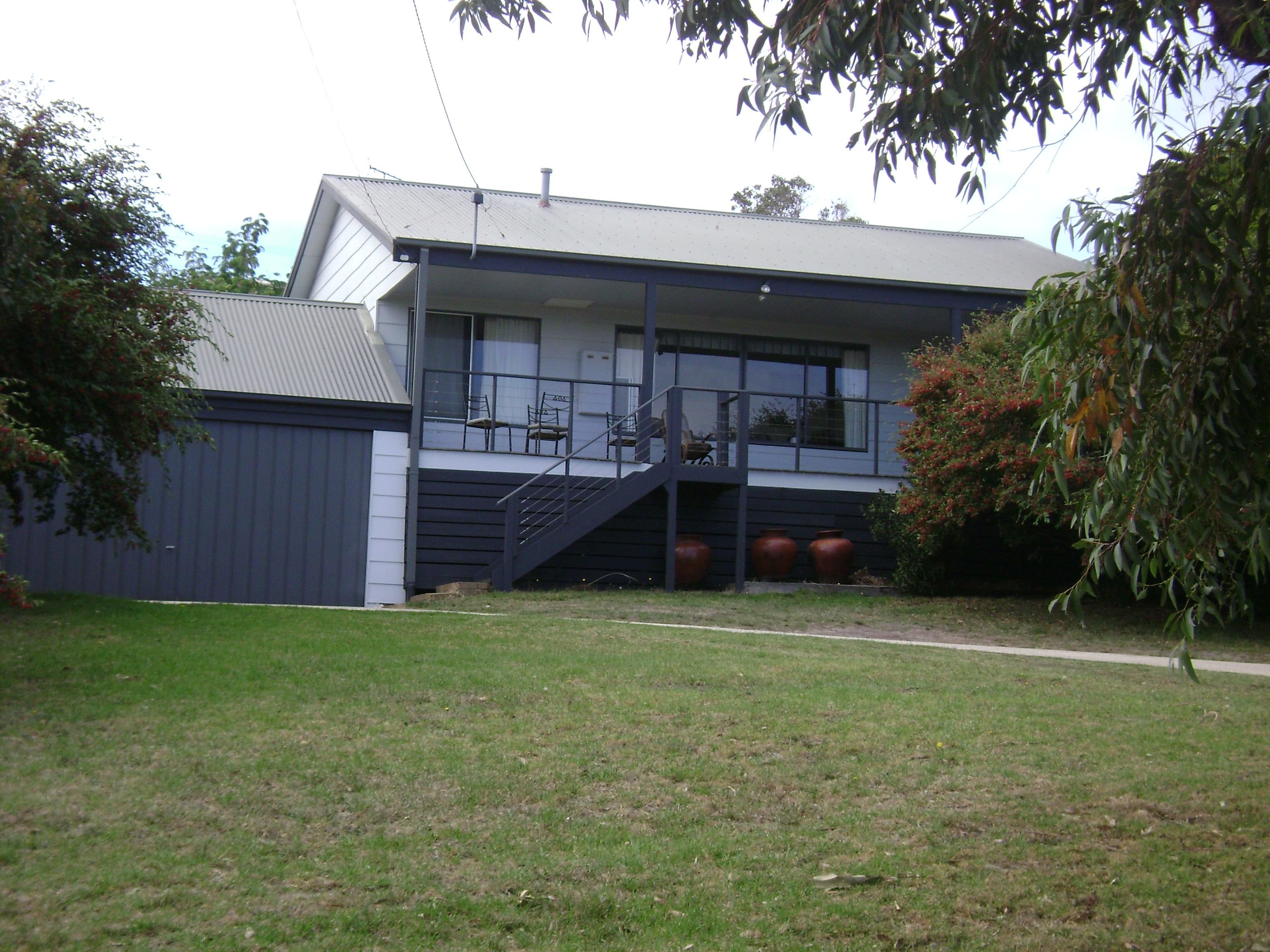Real estate for lease 31 the parade ocean grove vic for 123 the terrace ocean grove