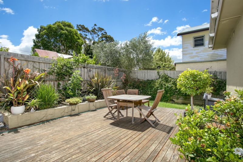 20 Seaview Parade Belmont