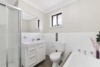 Beautiful & Spacious 4 Bedroom Townhouse