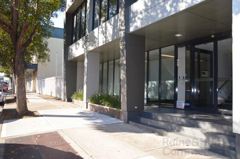 GROUND FLOOR OFFICE ON HENRY STREET