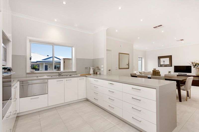 134 77 115 mt dandenong rd croydon vic 3711423 for 9 kitchen road dandenong