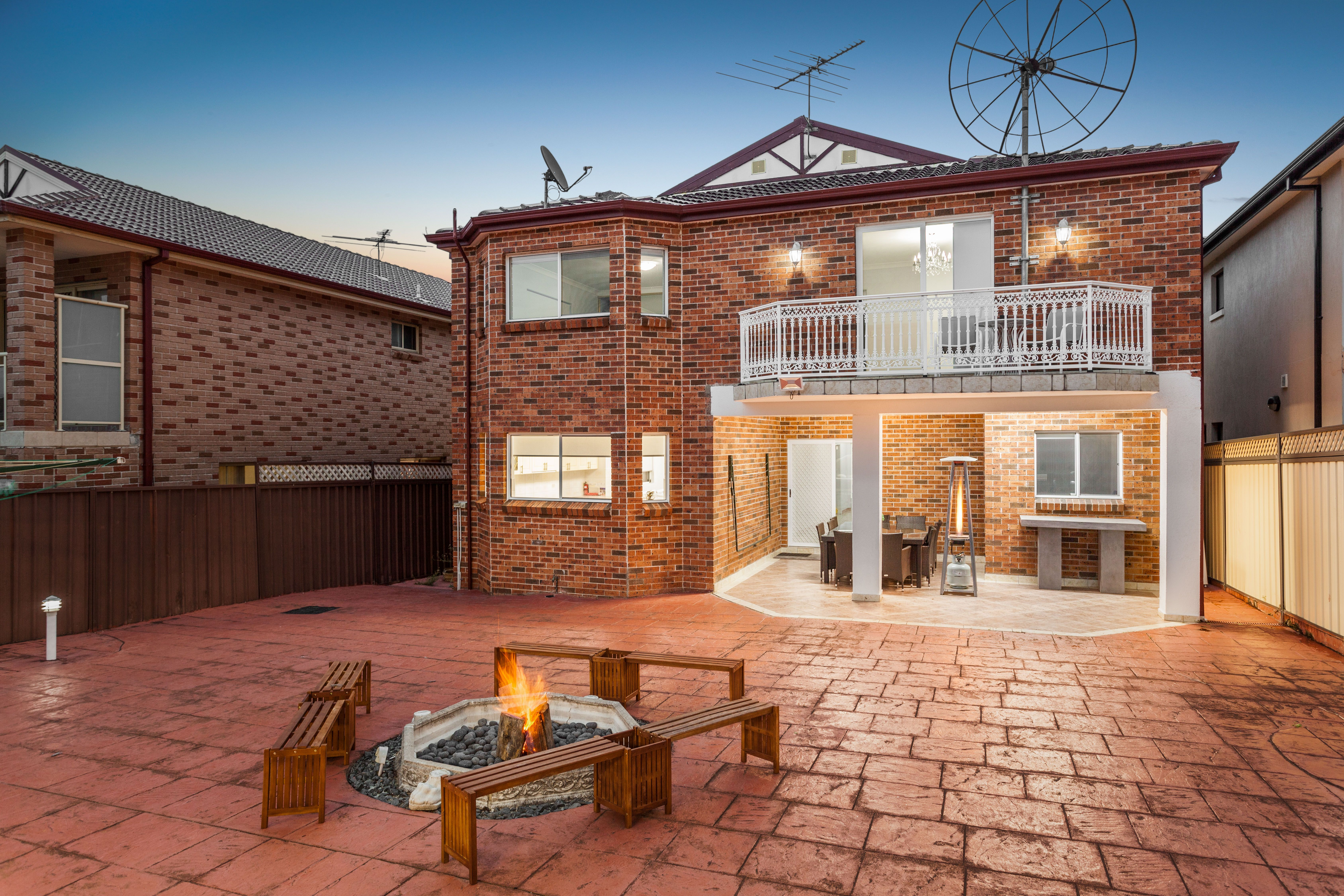 7 Highview Avenue, Greenacre NSW 2190