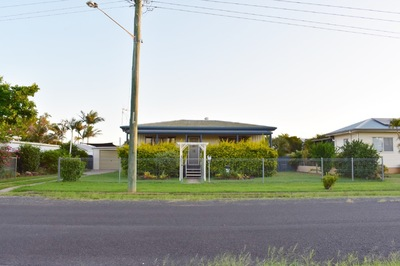 fantastic investment opportunity on large block or great first home