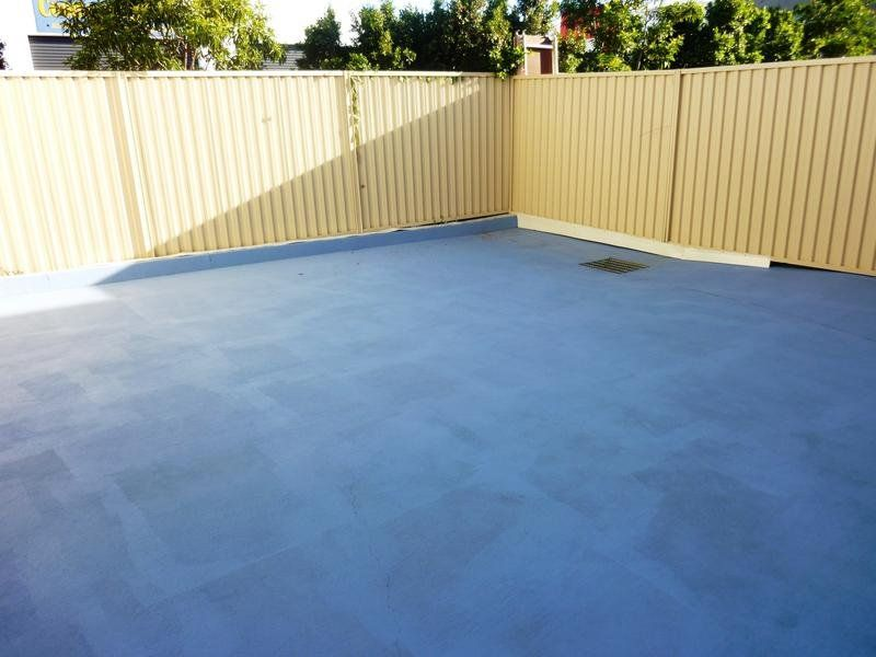 Nicely presented warehouse at Coomera