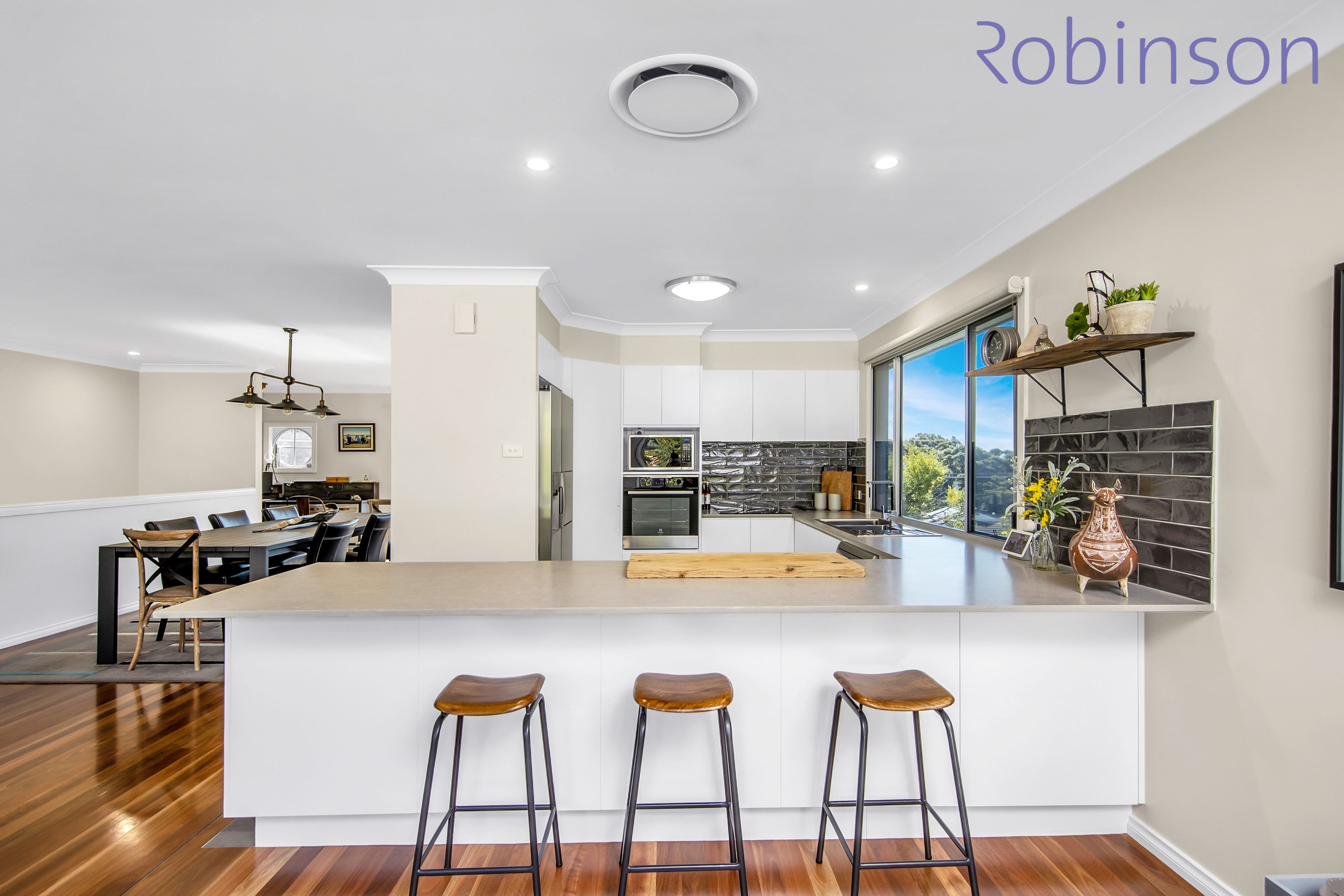 51 Rembrandt Drive, Merewether Heights