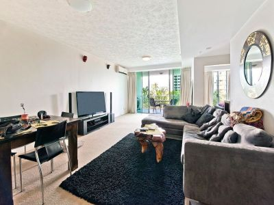 Large Executive Unit - Ready to move in or rent out