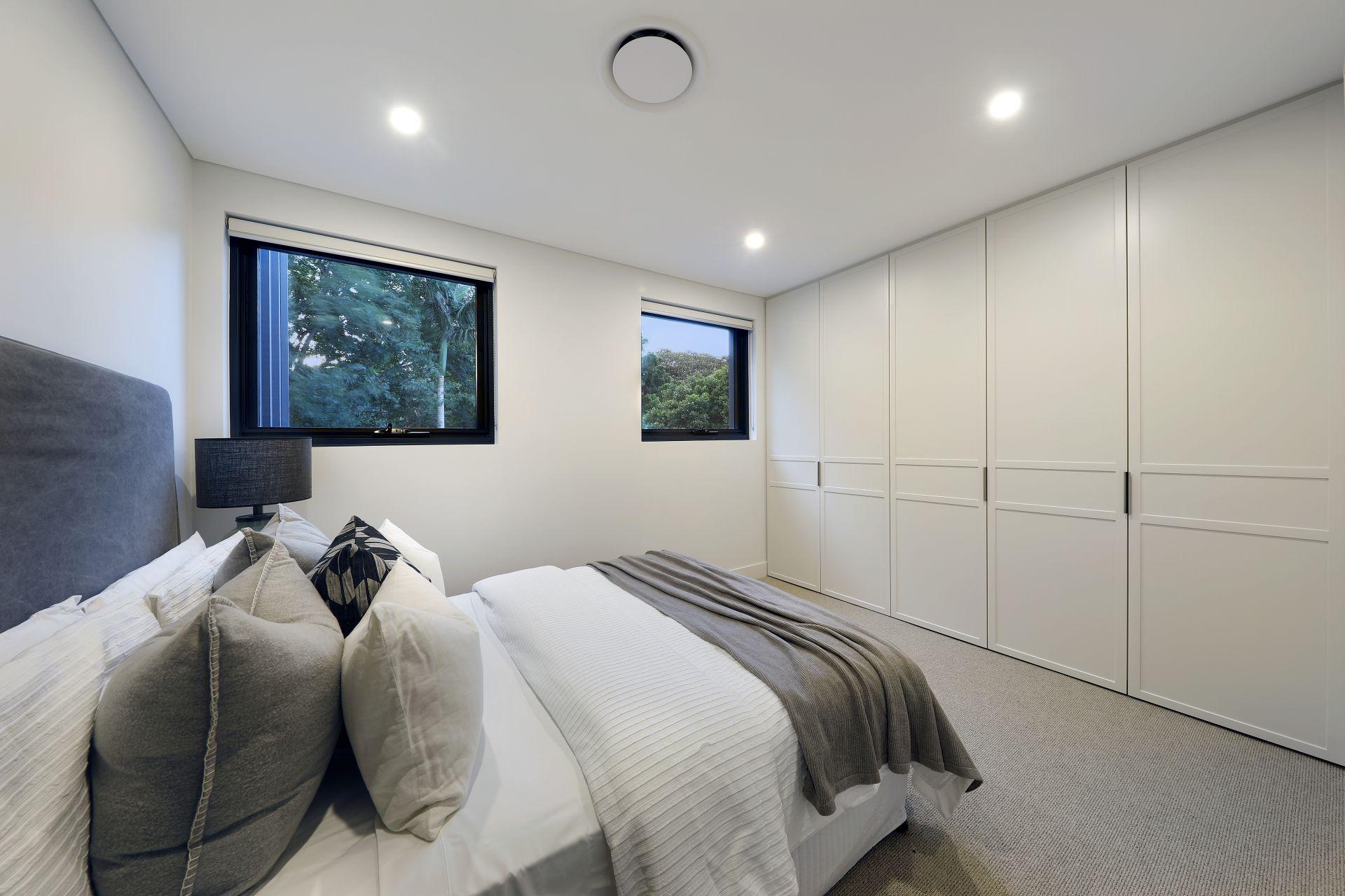 5 Minogue Crescent, Forest Lodge