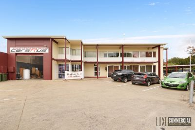 INDUSTRIAL WAREHOUSE WITH SHOWROOM AND MEZZ OFFICE | WARANA