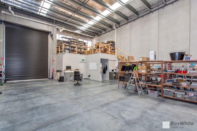 PRICE REDUCED - MODERN WAREHOUSE WITH OFFICE