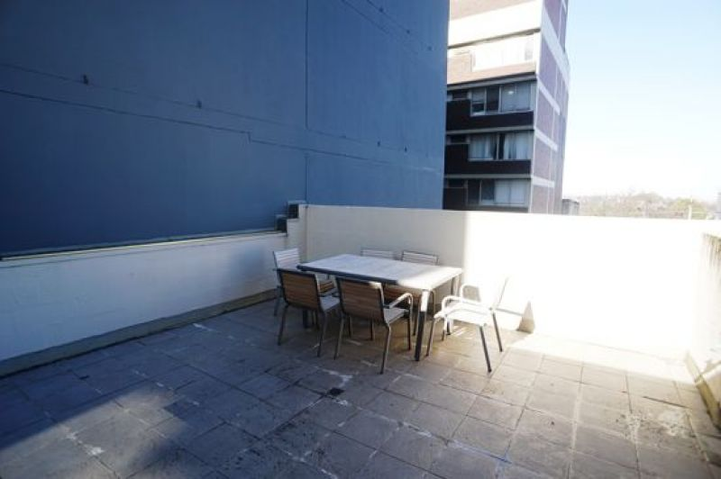 FULLY FITTED OUT OFFICE SPACE PLUS LARGE EXCLUSIVE OUTDOOR TERRACE