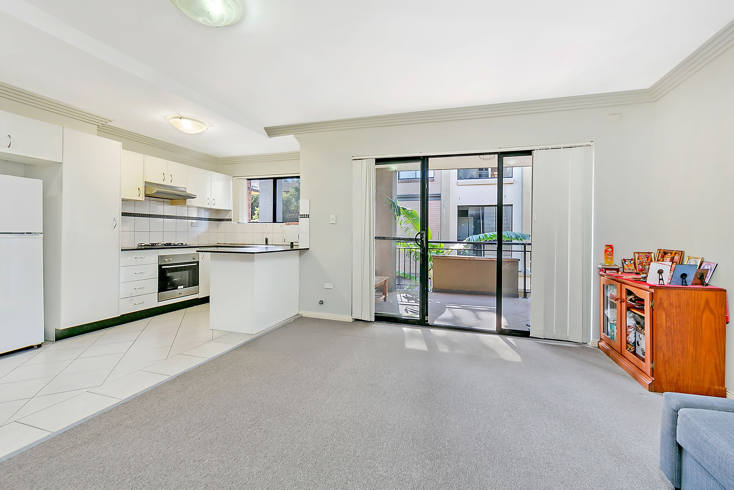 8/1-3 Tavistock Road, Homebush West NSW 2140