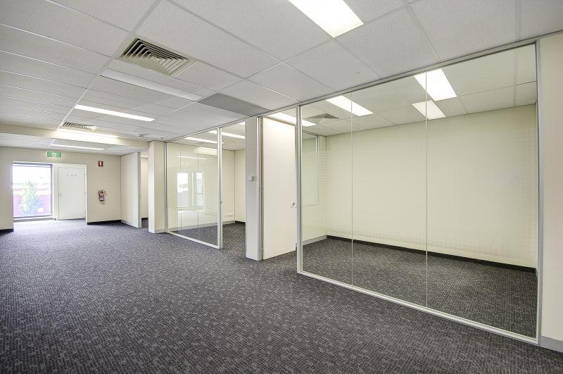 Office 18/240 Pakington Street Geelong West