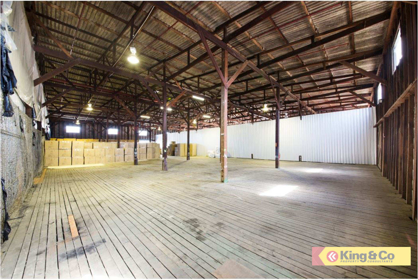 SOLID WAREHOUSES READY FOR A TENANT!
