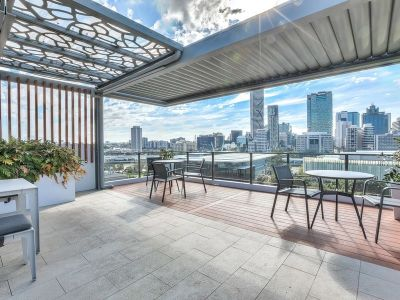206/25-27 Hope Street, South Brisbane