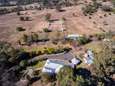 HORSE LOVERS 25ACRE PROPERTY IN HIDDEN SECLUDED  VALLEY
