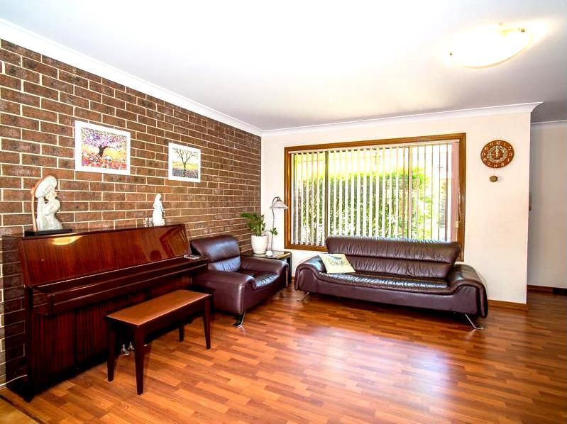 6/64 Chiswick Road, Greenacre NSW 2190