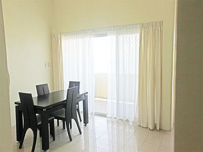 3 bedroom Apartment - Coastwatchers Court Apartment 08