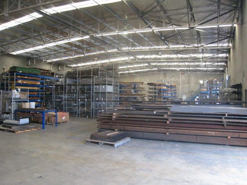 QUALITY OFFICE WAREHOUSE WITH HARDSTAND