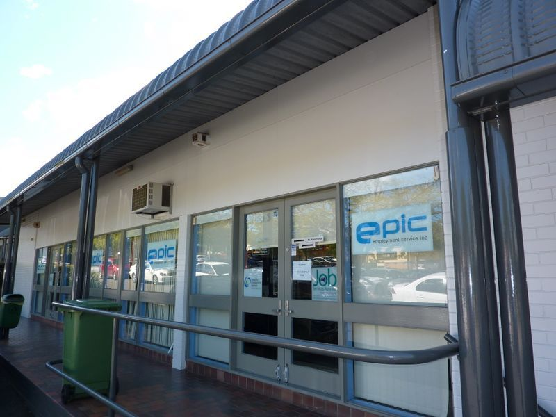 OFFICE / RETAIL FOR LEASE OR SALE