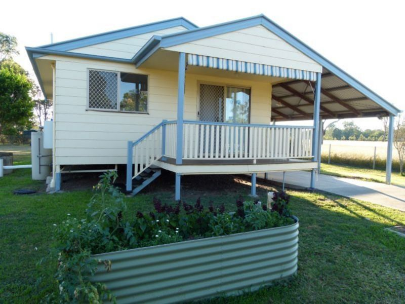 ROSEWOOD TWO BEDROOM AIR CONDITIONED GEM