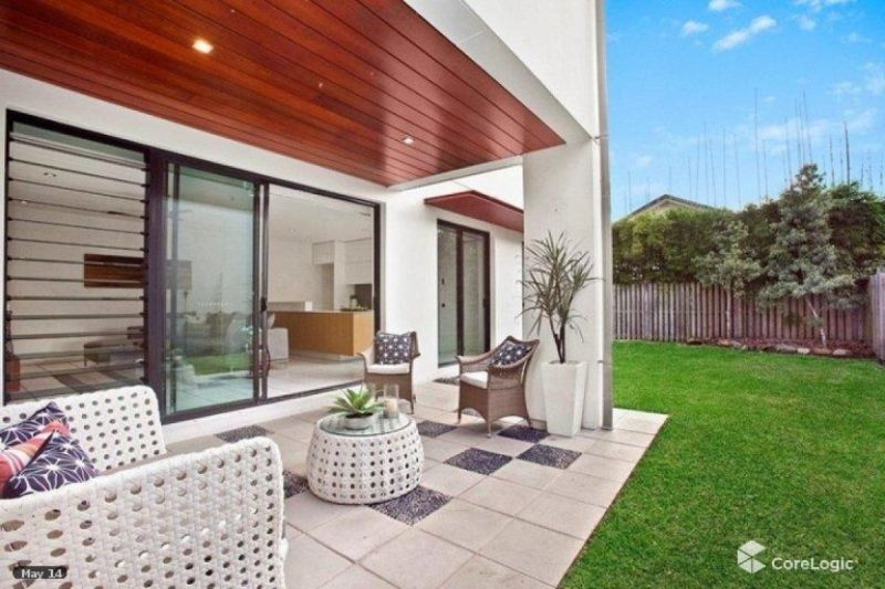 Beautifully Presented 4 bedroom home in the heart of Bulimba