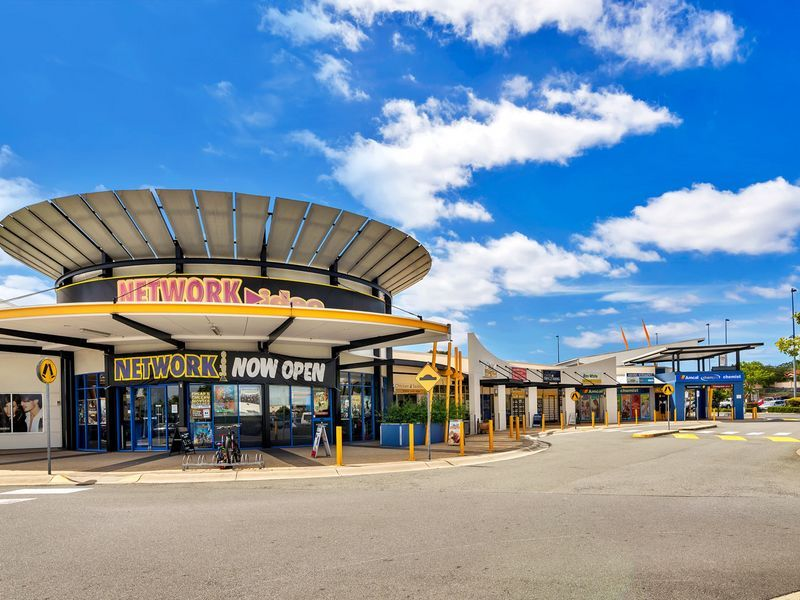 ARUNDEL PLAZA FOR CONVENIENCE AND GREAT CUSTOMER SERVICE