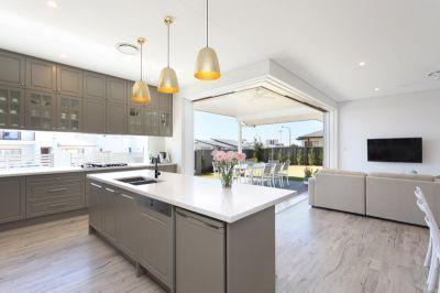 Hamptons Style - Hope Island Living