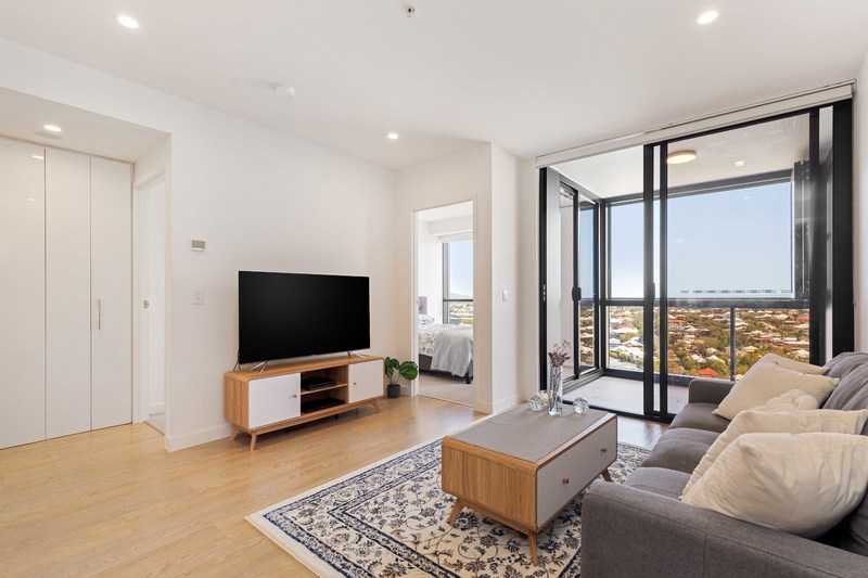 Immaculate Apartment in Sought After 'Southpoint'
