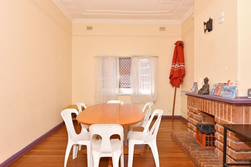 Prime Northbridge Backpackers/Landholding