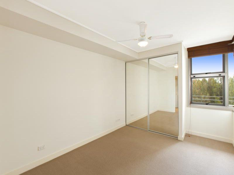 432/25 Bennelong Road Wentworth Point 2127