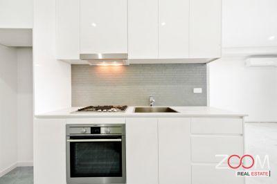 Brand New Sleek 1 Bedroom Apartment!