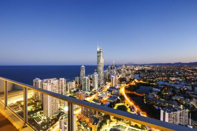 Luxurious 250m2  47th floor Sub-Penthouse - Circle on Cavill