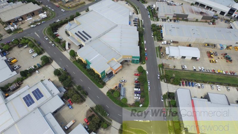 2,606sqm Freestanding Warehouse Divided Into 2 Tenancies