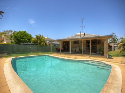 Stunning Home with a Pool- Walk to the Beach!!