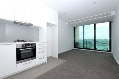 Stunning Two Bedroom Apartment Boasting Fantastic Building Facilities!