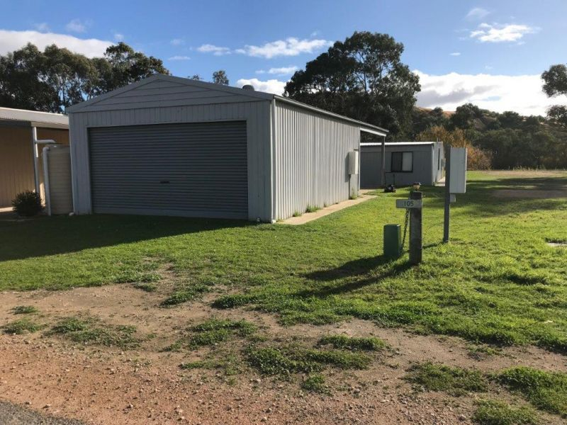 105 Providence Drive, BOWHILL