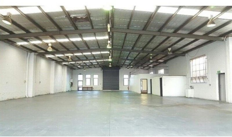 Great Warehouse with office - Suitable for many uses