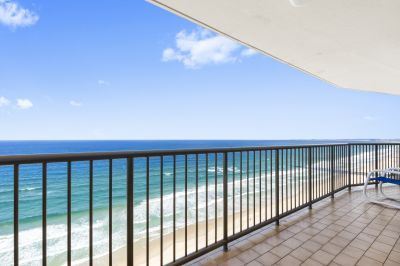 Fully furnished Beachside apartment