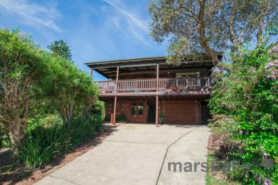 A BEAUTIFUL HOME OFFERING COASTAL FAMILY LIVING!